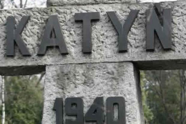 Trybunał w Strasburgu każe tłumaczyć się Rosji w sprawie katyńskiej
