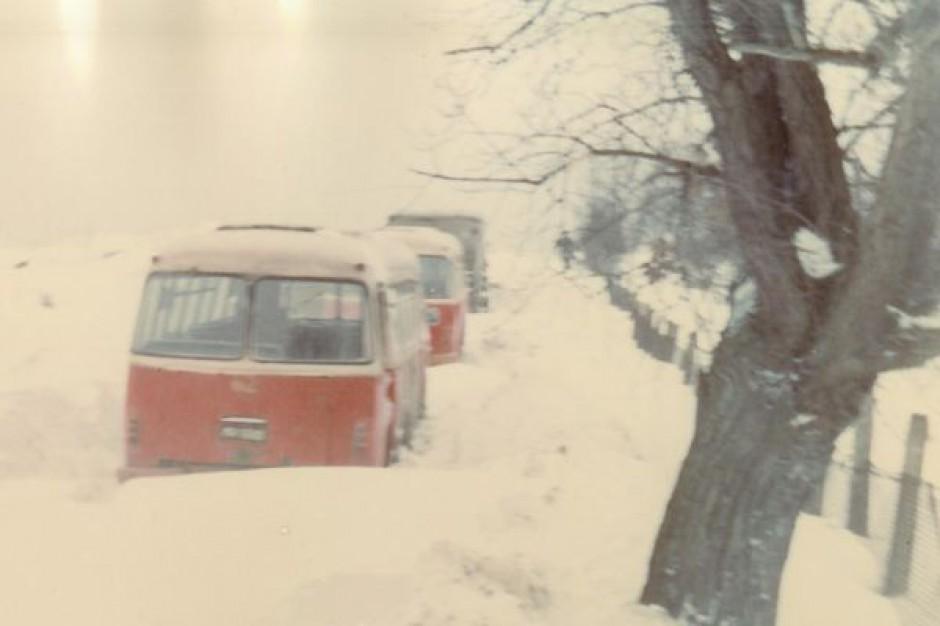 Zawieje i zamiecie śnieżne na wschodzie i w centrum Polski