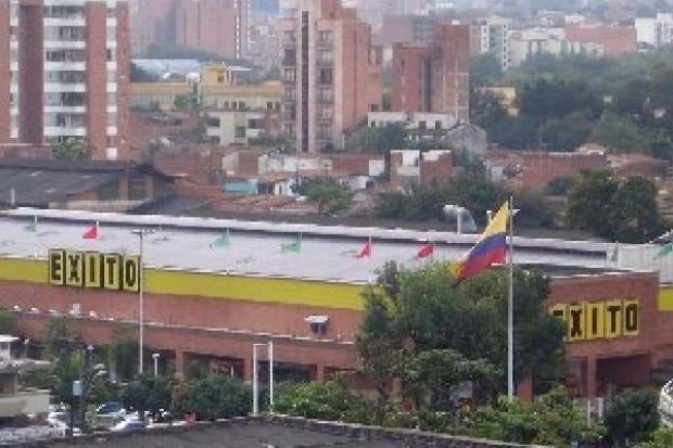Wenezuelskie władze rozpoczęły przejmowanie sieci supermarketów Exito