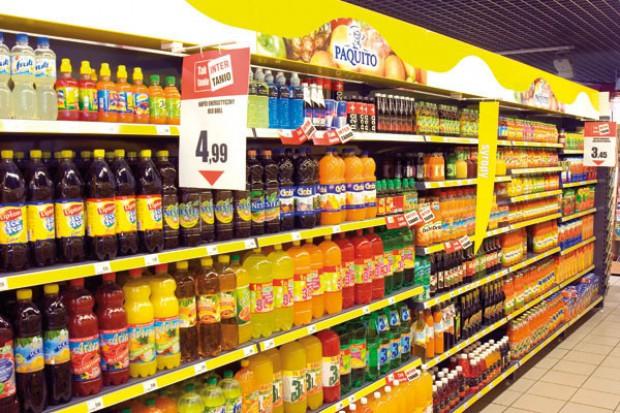 Polacy będą wydawać coraz więcej pieniędzy na napoje