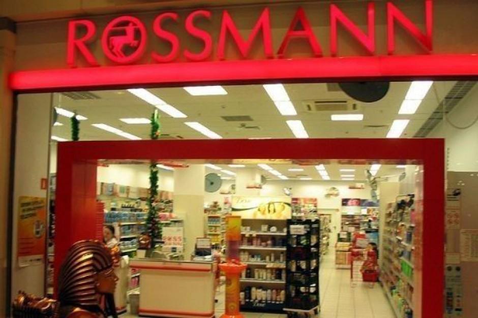 Drogerie Rossmann chcą przejmować sieci spożywcze