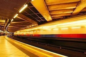 Koleje Mazowieckie: Umowa na modernizację do 2011 r. 23 pociągów