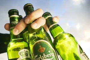 Carlsberg uczy Rosjan picia piwa