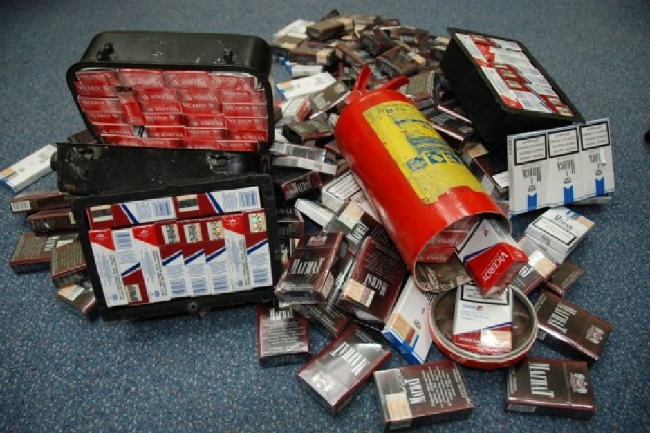 Przemytnicy papierosów zaskakują pomysłowością