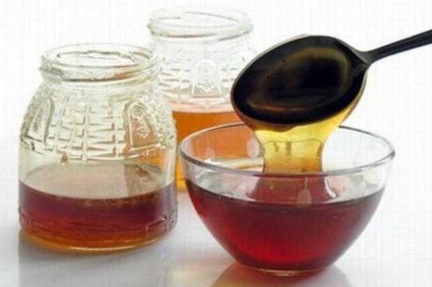 Rusza sprzedaż wojskowej żywności - pszczelarze i winiarze kupują cukier