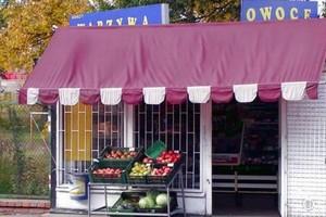 Wciągu 5 lat liczba sklepów spożywczych i spożywczo-przemysłowych w Polsce spadła o 18 proc.