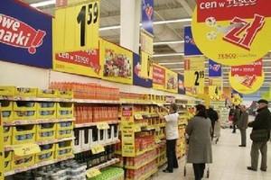 O 5 proc. spadła w lutym sprzedaż żywności, napojów i wyrobów tytoniowych