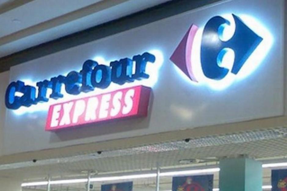 Biedronka przejmuje sklepy sieci Carrefour