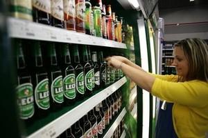 Sprzedaż alkoholu w tym roku zmaleje o 4 proc.