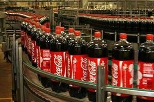 Coca Cola w Polsce pracuje nad redukcją wagi opakowań swoich napojów