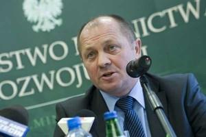 Minister Sawicki chce pakietu pomocowego od KE dla rolników, bo spadają ich dochody