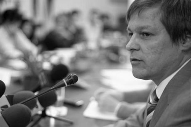 Komisarz UE: Skończyć z różnicami historycznymi w dopłatach rolnych