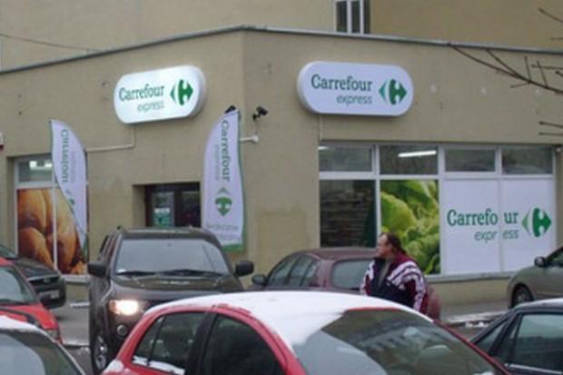 Sieć handlowa Carrefour zmienia logo swoich placówek