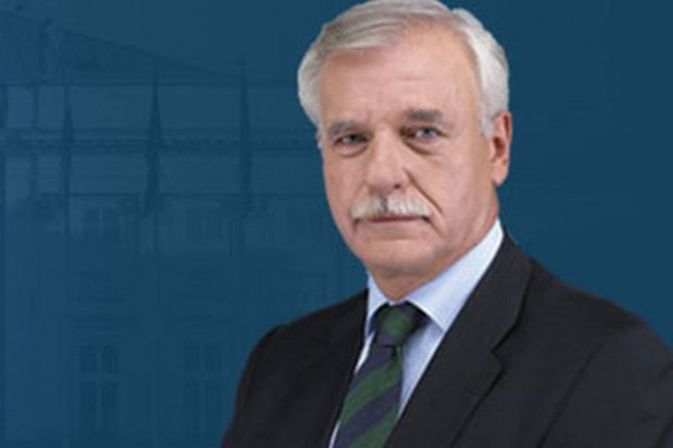 Olechowski zdrowy i zdolny do pełnienia urzędu prezydenta