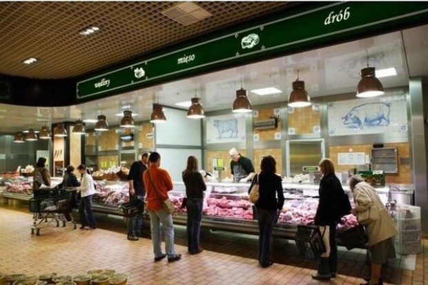 Alma Market zwiększa obroty