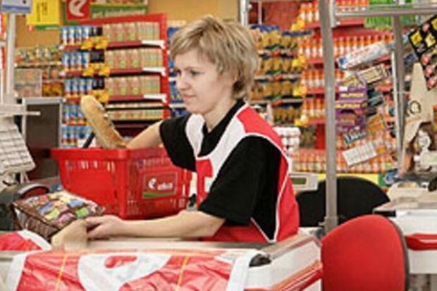 Branża handlowa i restauracyjna zwiększa zatrudnienie