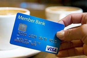 Coraz więcej małych sklepów będzie przyjmować płatność kartą