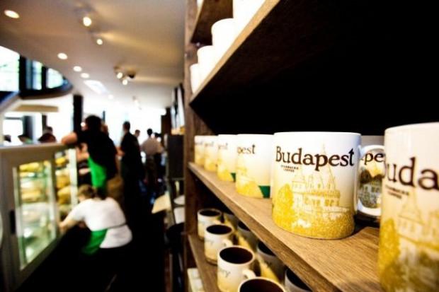 Starbucks wchodzi na Węgry