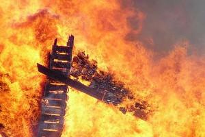 Pożar na fermie hodowlanej drobiu w Redle