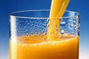 W krajach Unii Europejskiej zmniejszyło się spożycie soków