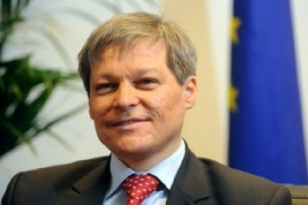 Komisarz ds. rolnictwa: Nie można wycofać się z reform sektora mleczarskiego