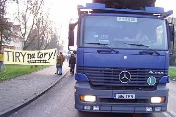 Przewoźnicy drogowi przeciwni zakazom temperaturowym