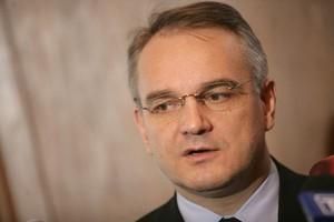 Wiceminister: Wydaje się, że pan Rostowski ma zamiar podnoszenia także tej stawki 7-procentowej na żywność - to niedopuszczalne