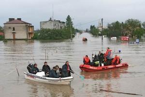 W wyniku powodzi w Bogatyni 22 domy są do wyburzenia a 1200 gospodarstw zostało bez prądu