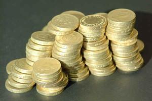 Spłata kredytów zaciąganych w walutach obcych idzie lepiej niż kredytów złotowych