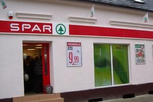 SPAR wchodzi ze swoim logo do Poznania