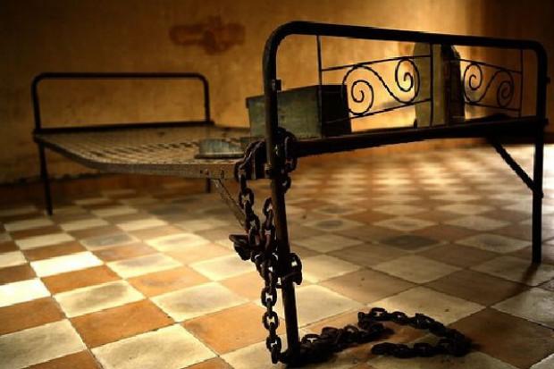 HRW: Rząd RP powinien wszcząć śledztwo w sprawie tortur w więzieniu CIA