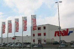 Sieć Real będzie mieć w Polsce do końca 2015 r. 76 sklepów?