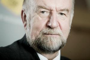 Prof. Babuchowski: Grupa ekspertów wysokiego szczebla chce większej odpowiedzialności firm