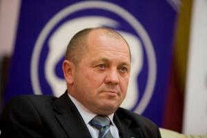 Minister rolnictwa: Albo własna dystrybucja albo ustawa regulująca stosunki przetwórstwo-handel