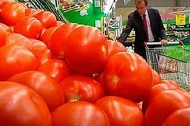 Większa wartość importu pomidorów do Polski