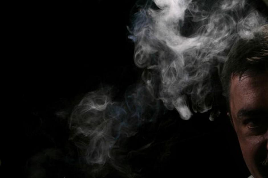 Zakaz palenia w miejscach publicznych: Będą kary