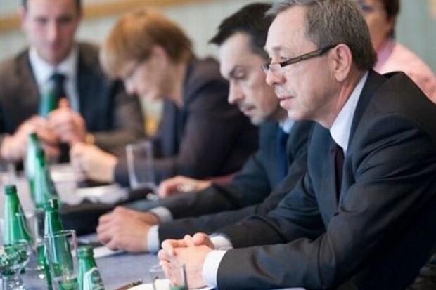 Wiceprezes Tesco: Regulowanie rynku doprowadzi do napływu zagranicznej żywności do polskich sklepów