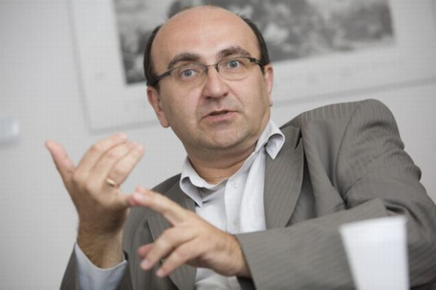 Andrzej Gantner: Konsumenci coraz chętniej przechodzą z supermarketów do dyskontów