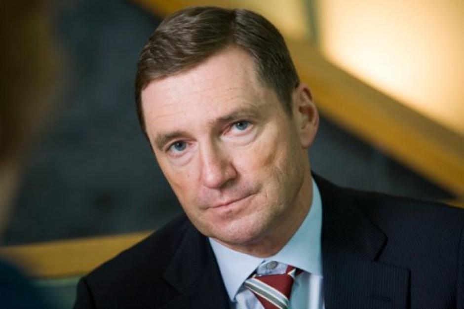 Przeczytaj cały wywiad z Detlefem Dinselem z IK Investment Partners