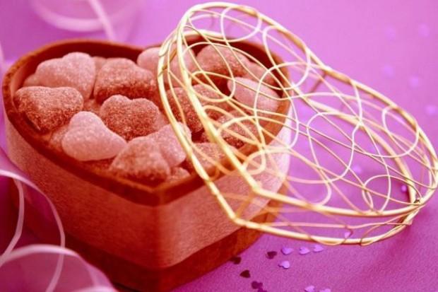 W Iranie sklepy nie sprzedadzą walentynkowych słodyczy