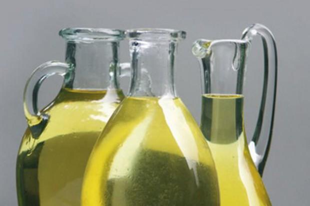 Niskie światowe zapasy olejów i wysokie ceny