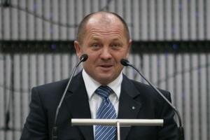 Minister rolnictwa: W sklepach za Odrą żywności polskich marek raczej nie widać