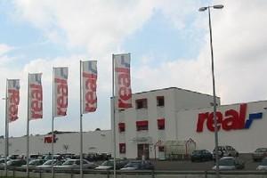 Właściciel sieci Real i Makro scentralizuje działy rachunkowości w Polsce i Indiach