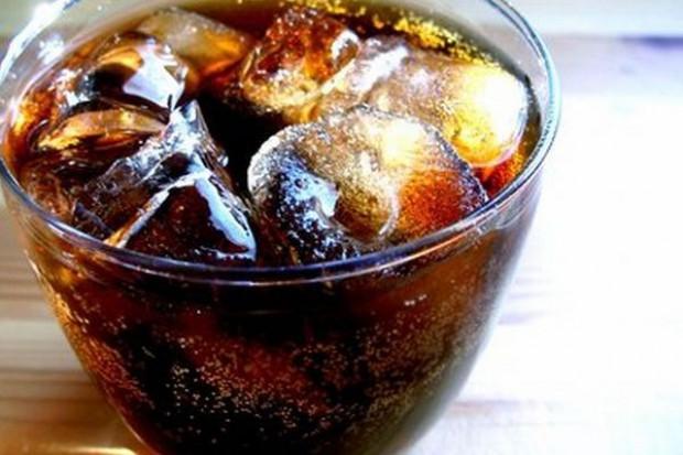 Karmel i napoje cola przedmiotem ataków w USA. ABA odpowiada: To taktyka psychozy i zastraszania