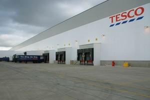 Tesco wprowadza się do centrum dystrybucyjnego w Gliwicach