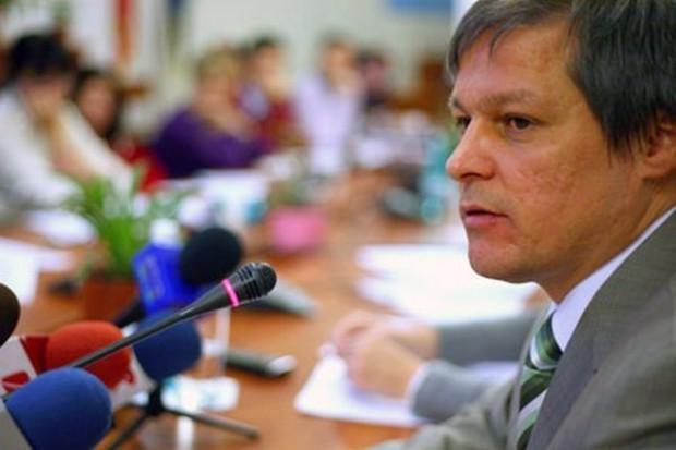 Unijny komisarz ds. rolnictwa: Trzeba uspokoić nadmierne wahania cen