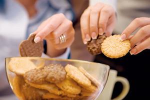 Komisja finansów: 8 proc. VAT na ciastka z 45-dniowym terminem spożycia