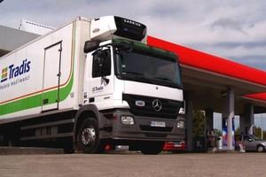 Grupa Tradis negocjuje obsługę kolejnych sieci stacji paliw