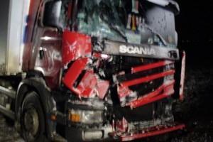 Wykładowcy na szkoleniach dla  kierowców tirów: Walcie po osobówce!