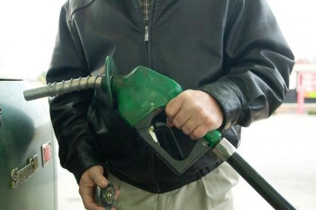 Rosja wstrzymuje eksport benzyny